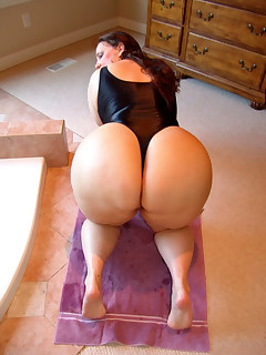 Featuring curvy figured ladies and great biggest asses