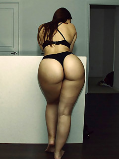 Featuring curvy figured ladies and great round booties