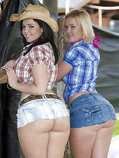 Giant arse gals connected with jeans